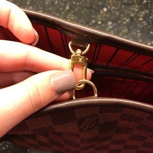 Louis Vuitton Bags - Louis Vuitton Damier Ebene Neverfull PM